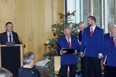 Polizeichor-Frankfurt-Weihnachtssingen-im-Polizeipraesidium2